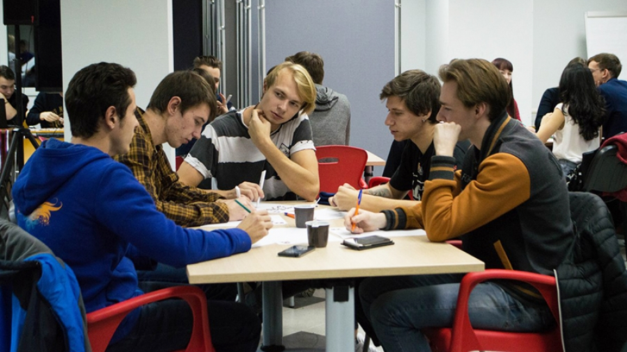 В обнинском ИАТЭ попытались придумать, как решить проблемы атомной молодежи