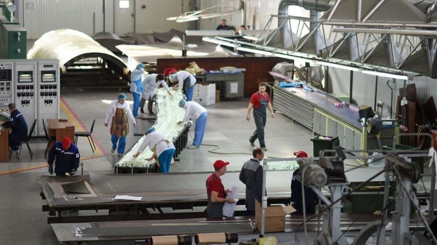 """Обнинская """"Технология"""" вдвое увеличила поставки оптики для авиации и других отраслей"""