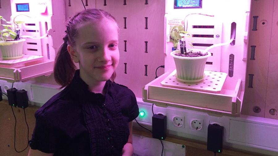 Пятиклассница из Обнинска победила в областной научной конференции с проектом «умной» фитополки
