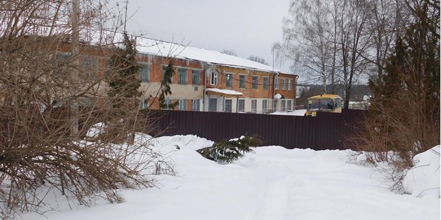 73-летняя жительница Спас-Загорья обратилась с иском к … местной школе