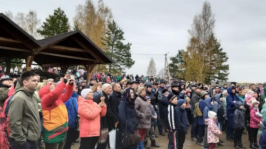Больше тысячи человек собралось на масштабную реконструкцию у Ильинского рубежа