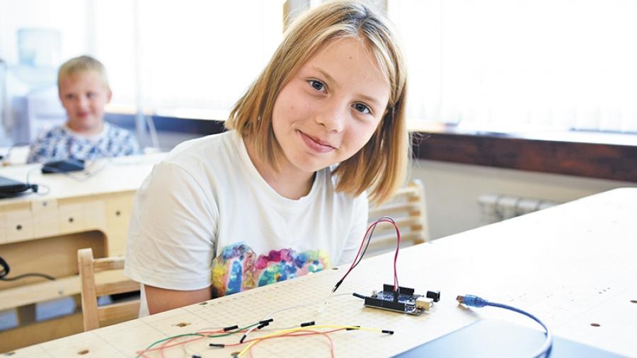Летняя школа в «Академии Технолаб» знакомит детей с профессиями будущего