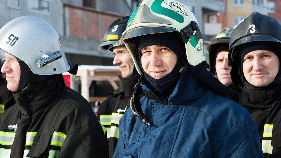 В Обнинске сегодня проходят соревнования пожарных «Вертикальный вызов»