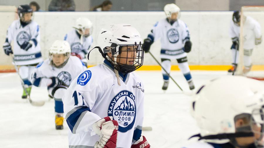 В Обнинске в хоккей играют не только «настоящие мужчины»
