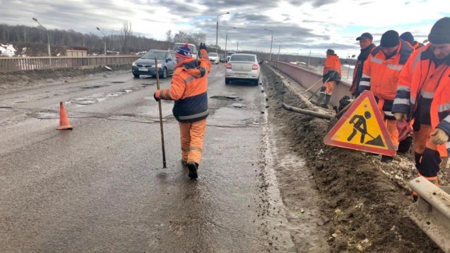 Сегодня начался ямочный ремонт северного въезда в Обнинск