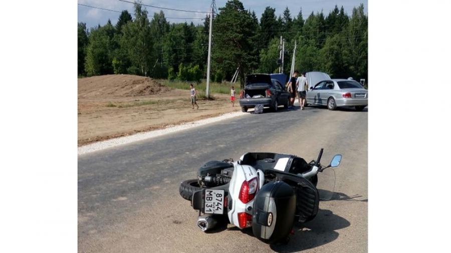 Сбивший под Обнинском девятилетнего ребенка водитель скутера затеял торговлю с родителями ребенка