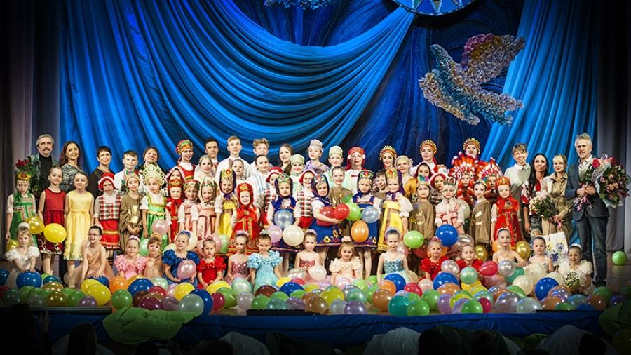 Хореографический ансамбль Александра Рачковского «Улыбка» выигрывает все фестивали, в которых участвует