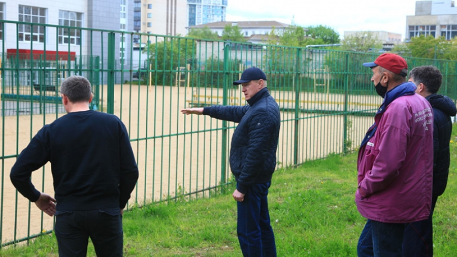 В Обнинске на площадке волейбольной школы решено сделать большую трибуну для зрителей
