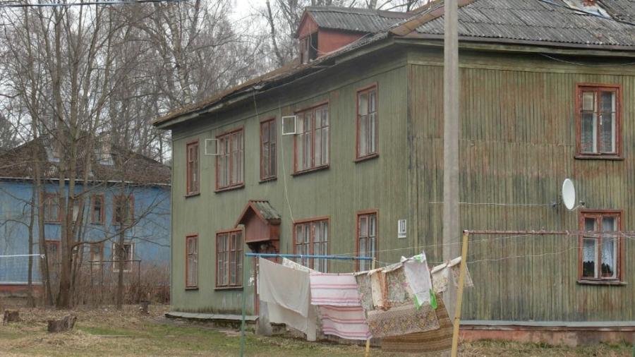 Жители поселка Мирный недовольны повышением квартплаты