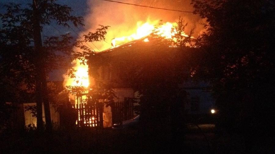 Ночной пожар в Боровске унес жизни трех человек