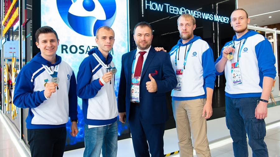Золото и два серебра: три команды ИАТЭ привезли медали с мирового чемпионата WorldSkills