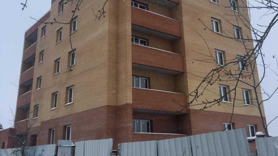 «Вот-вот достроим»: владельцы квартир в малоярославецком долгострое уже несколько лет получают официальные ответы, что дом по ул. Рассветной готов на 90%