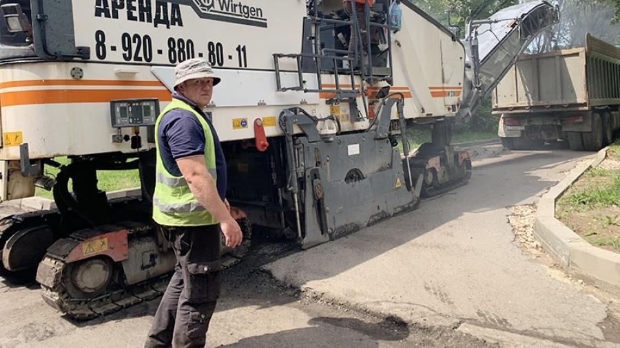 В Обнинске продолжают ремонтировать три дороги по нацпроекту
