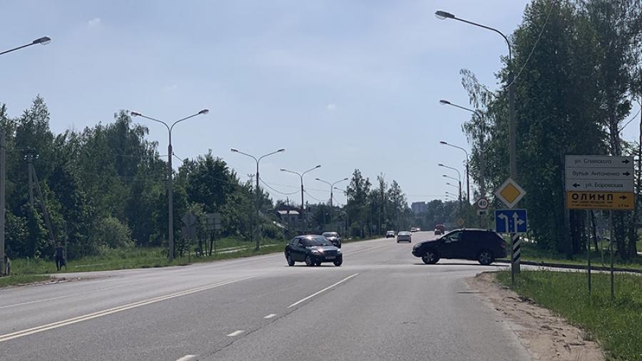 Светофор на ул. Борисоглебской должен заработать к 1 сентября