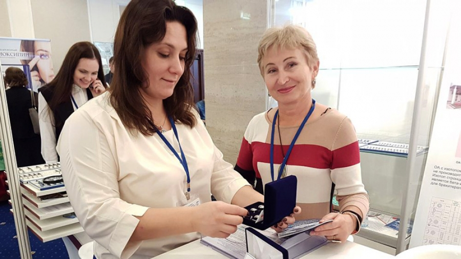 Обнинский ФЭИ представил свои офтальмоаппликаторы на общенациональном форуме