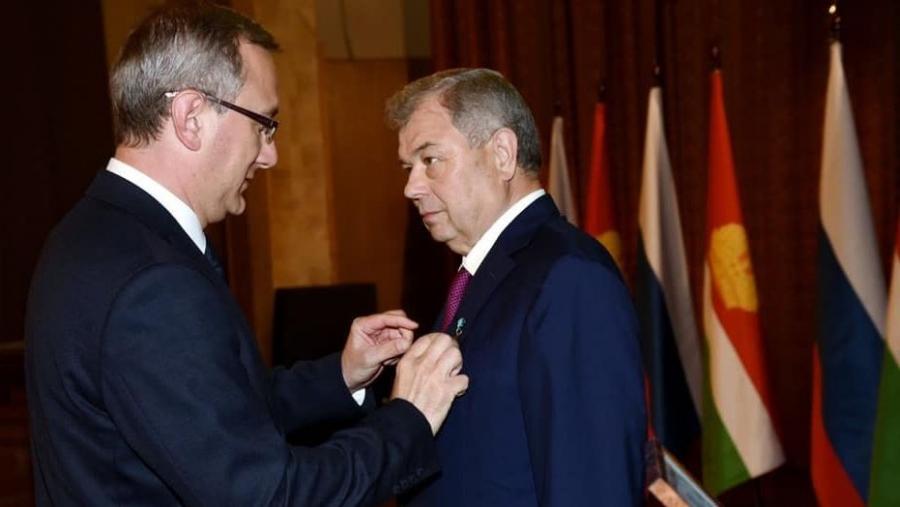 Анатолия Артамонова наградили званием Почетный гражданин Калужской области