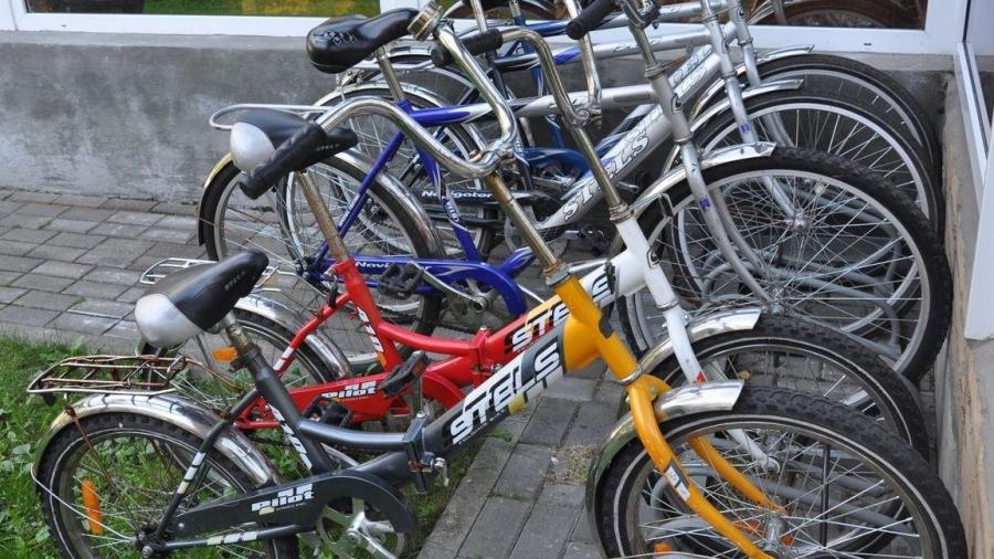 Губернатор предложил дать на улицах Обнинска премущество велосипедистам - не только перед автомобилистами, но и перед пешеходами