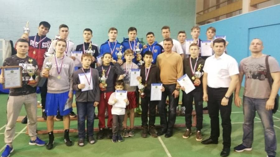 Обнинские боксеры привезли 16 медалей с чемпионата и первенства на призы прокурора Калужской области