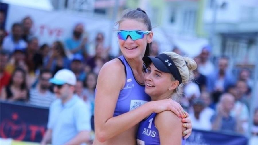 «Наши Маши» на турнире Мировой серии по пляжному волейболу стали победительницами в своей группе