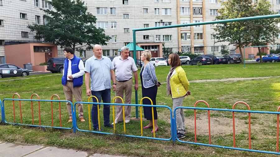 В Обнинске проверяют, привели ли управляющие компании дворы в порядок, как обещали