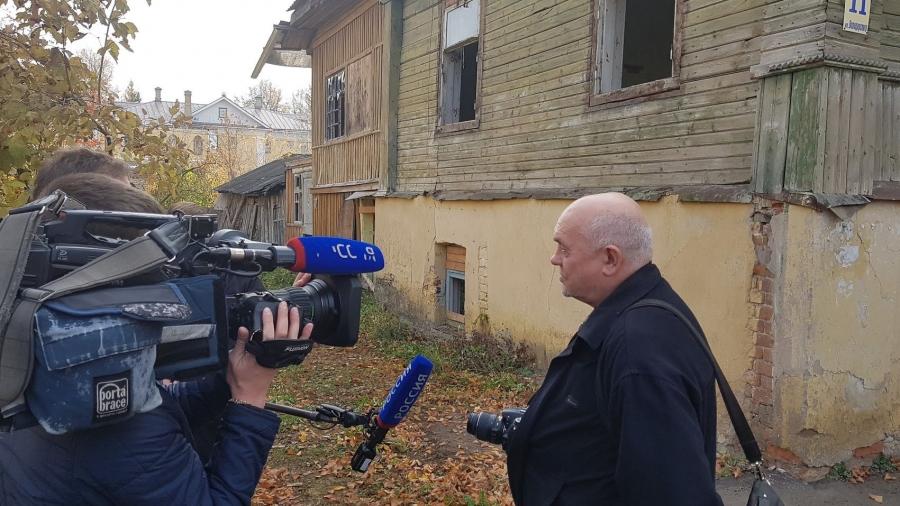 В Боровске приостановлен снос аварийных исторических зданий: власти и общественность ищут пути решения проблемы