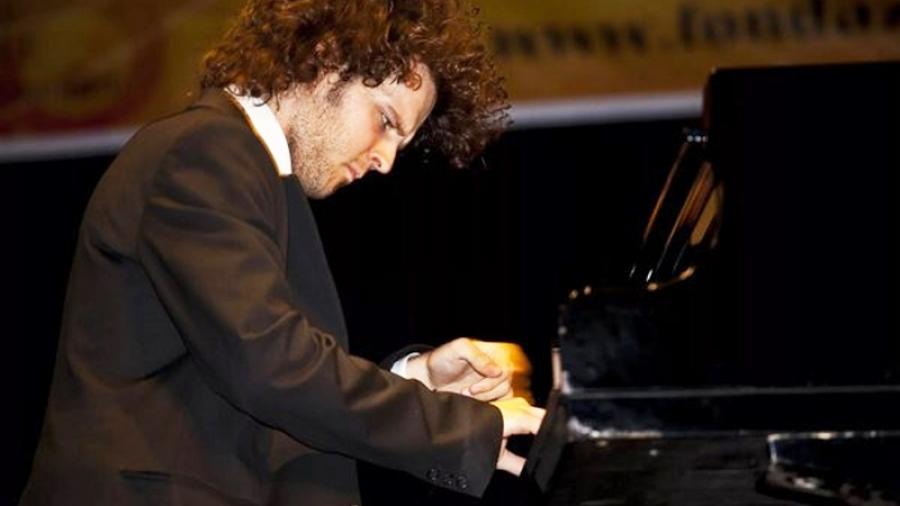 22 марта арт-проект «Музыкальная гостиная» представит в Белкинской усадьбе Обнинска итальянского пианиста-виртуоза Диего Беноччи