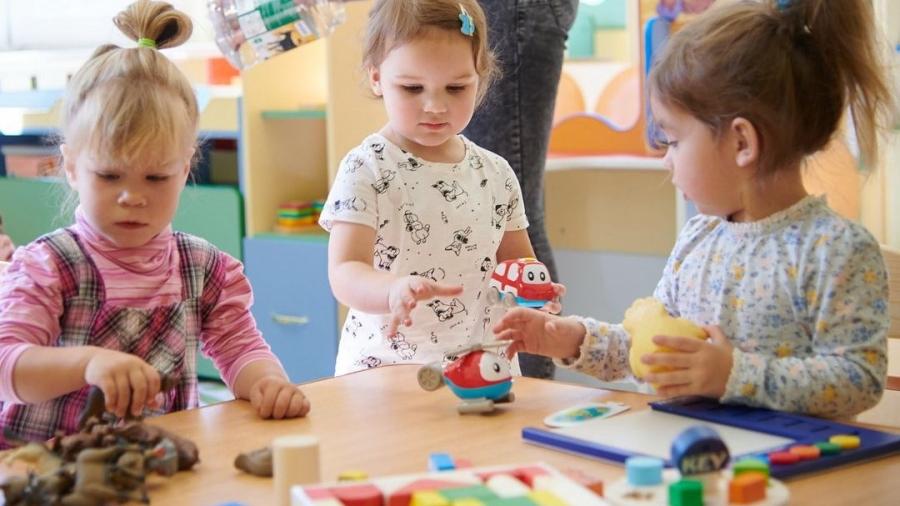 В Обнинске растет число детей, которые посещают дежурные группы в садах
