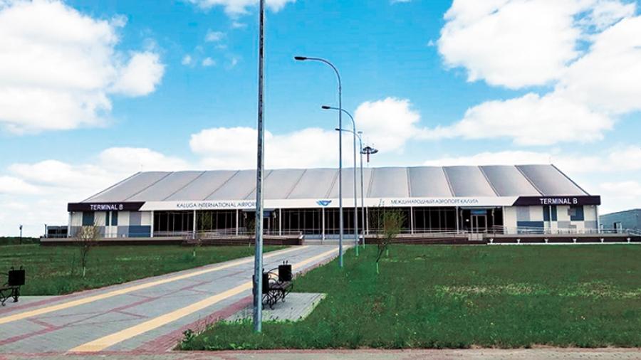 Калужский аэропорт ищет замену «Саратовским авиалиниям»