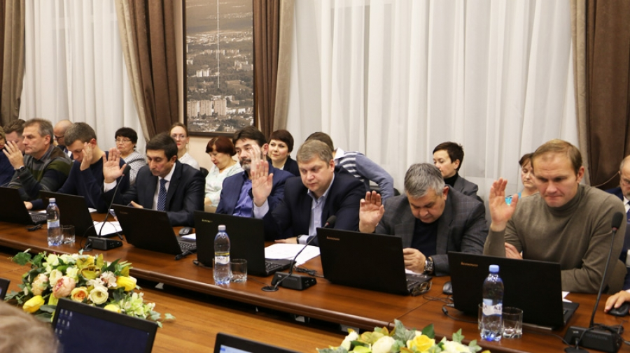 Энергия дела: обнинское городское Собрание в прошлом году приняло 121 решение, в том числе важнейшие — о бюджете города и о правилах благоустройства