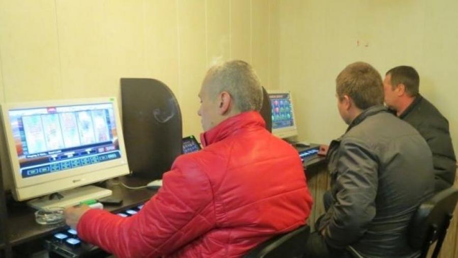 Жительнице Подмосковья дали 2 года условно за организацию азартных игр в Калужской области