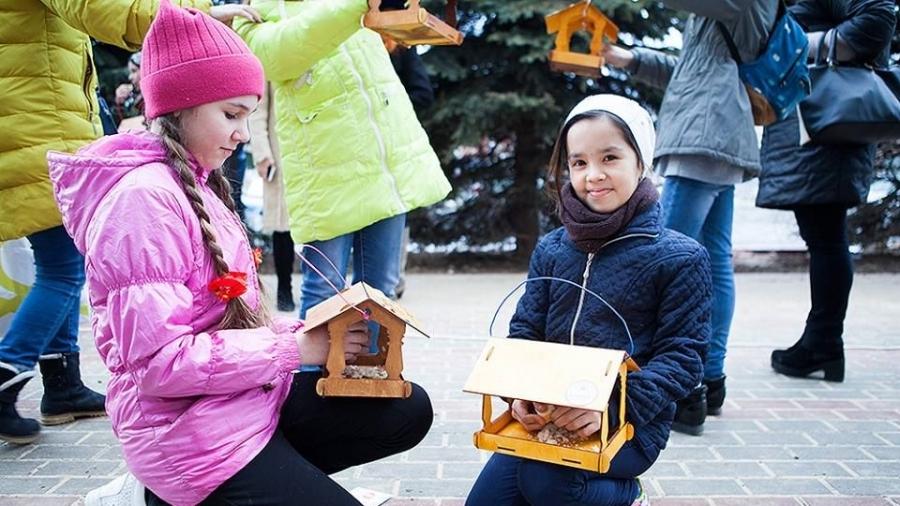 В Городском парке проводят конкурс кормушек для птиц и белок
