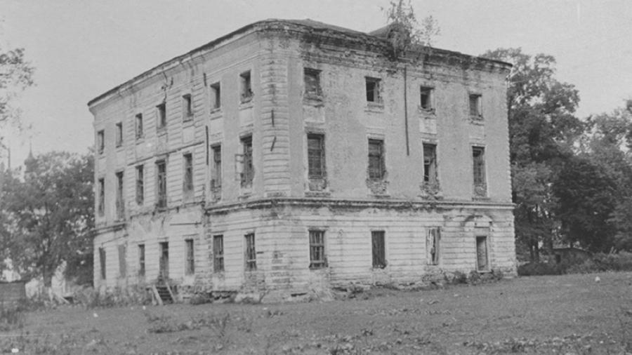 Фонд «Усадьба Белкино» начнет восстанавливать барский дом после того, как получит его в собственность