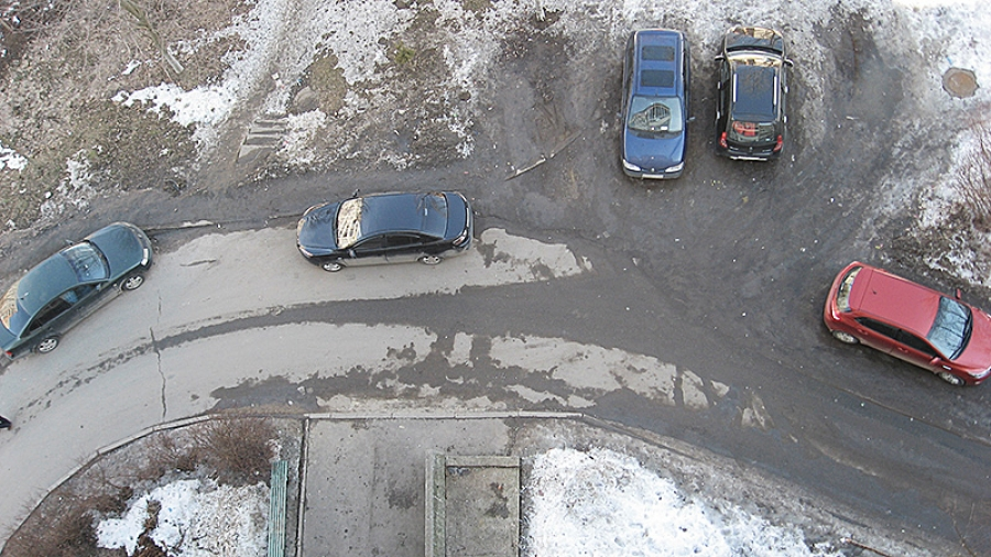 Жители обнинского двора отказались от тротуаров. Теперь многие недовольны
