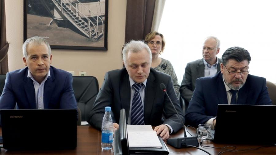 Главврач КБ №8 отчитался перед обнинскими депутатами