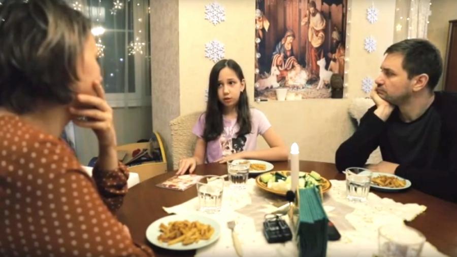 10-летняя обнинская девочка отправила накопленные деньги своей ровеснице из Новгорода, больной редким заболеванием