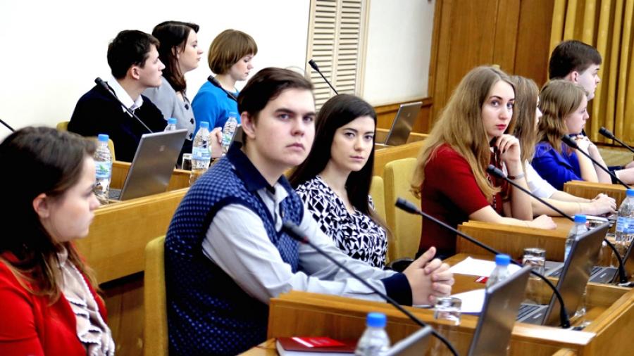 В Обнинске обсуждают возможность создания молодежного городского собрания