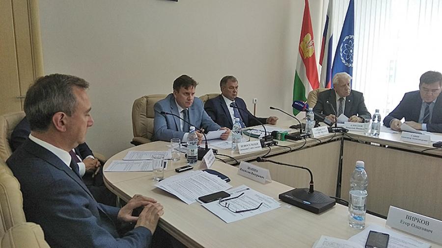 Анатолий Артамонов: «Застройщикам надо создавать самые комфортные условия»