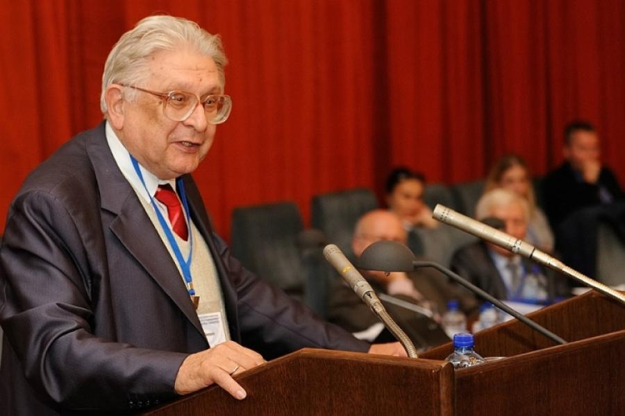 Обнинские учетные предложили присвоить звание Почетного гражданина Рудольфу Алексахину