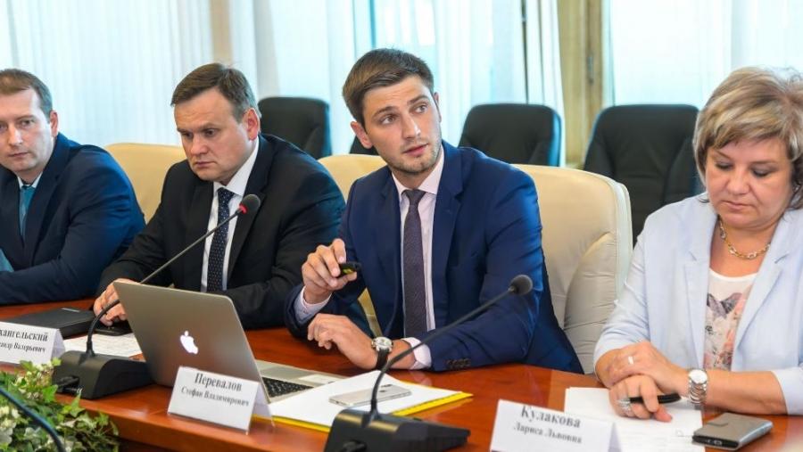 В Обнинске предпринимателям будут напоминать о субсидиях со световых панно и с помощью смс-сообщений