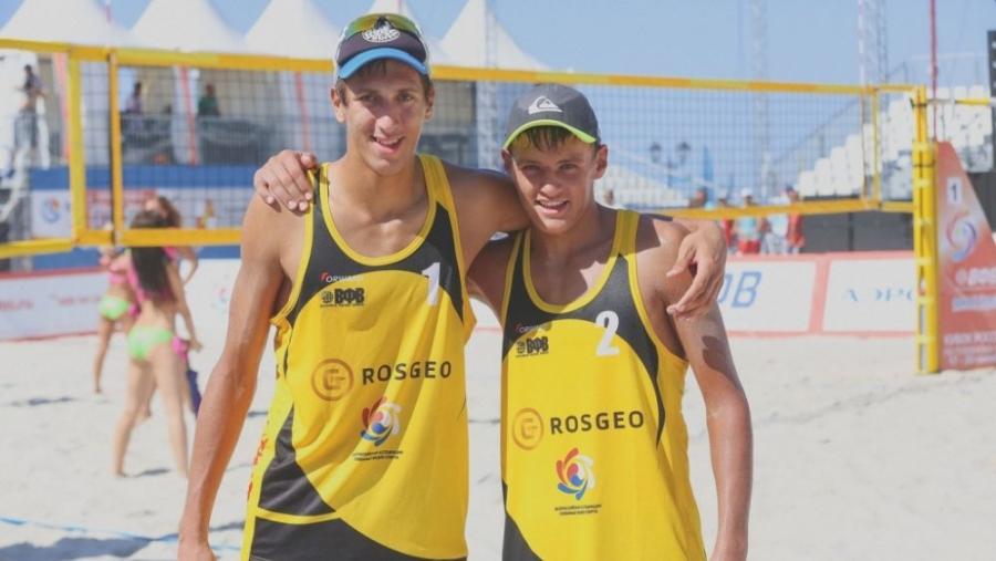 Олег Стояновский и Игорь Величко заняли второе место на этапе Мирового тура по пляжному волейболу