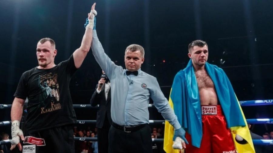 Обнинский боксер Алексей Егоров победил украинского тяжеловеса на турнире Роя Джонса
