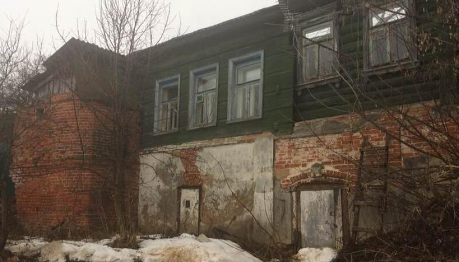 В Боровске общественники проверяют законсервированные дома