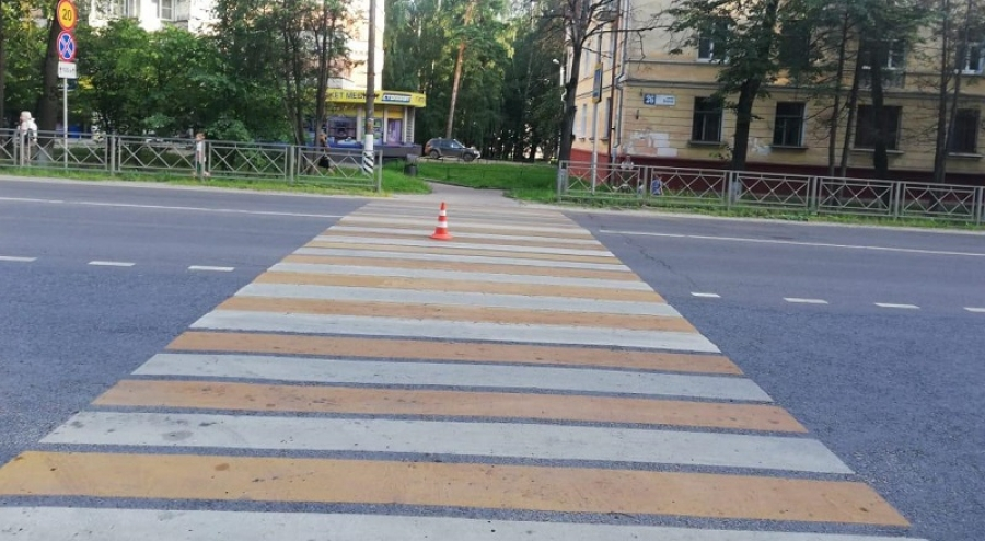 "В Обнинске ""Запорожец"" сбил двух пешеходов"