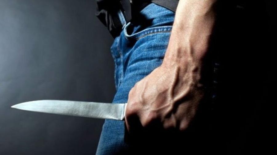 В Жуковском районе мужчина попытался убить бывшего мужа своей любовницы