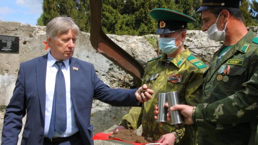 Землю с Ильинских рубежей доставят к Брестской крепости