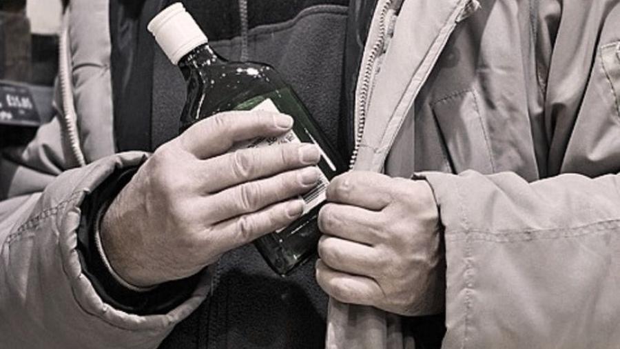 Похититель бутылок попался с третьего раза