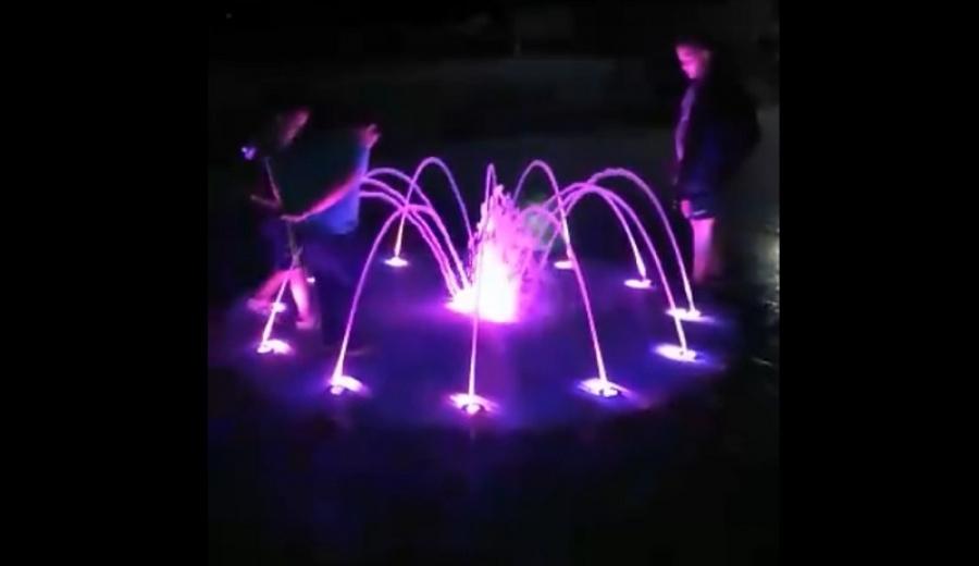 В Белоусово появился современный фонтан