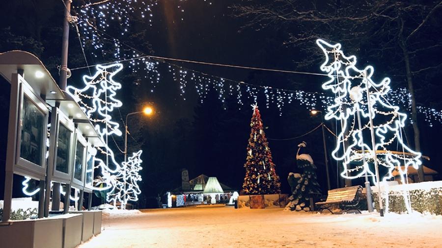 Уже к середине декабря Обнинск должен полностью нарядиться к Новому году