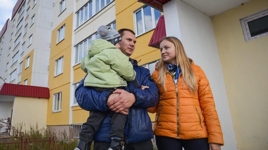 В Жукове молодые семьи, устав ждать получения жилищной субсидии, готовят коллективное обращение к областным властям