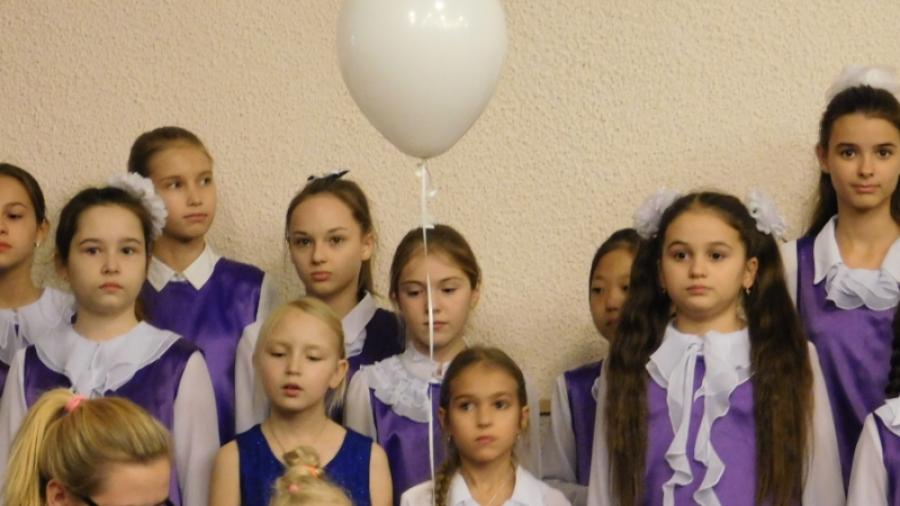 В Обнинске прошел концерт в честь детей, родившихся раньше срока, и их родителей
